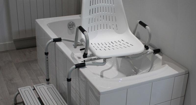 Le système tout en un de sécurisation de baignoire